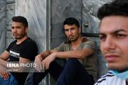 ببینید   قابی تلخ از ازدحام پناهجویان افغانستانی مقابل سفارت آلمان در تهران