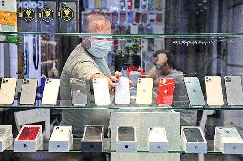 قیمتهای جالب گوشی اپل در بازار را ببینید