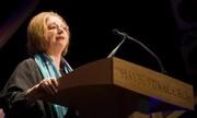هیلاری منتل: شرمسارم که در انگلیس زندگی میکنم