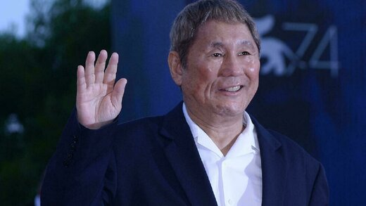 حمله به کارگردان مشهور ژاپنی با کلنگ!