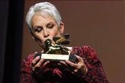 شیر طلایی ونیز در دست بازیگر زن سرشناس