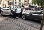 ببینید | لحظه فرار راننده نوجوان خلافکار از صحنه تصادف جنجالی در لندن