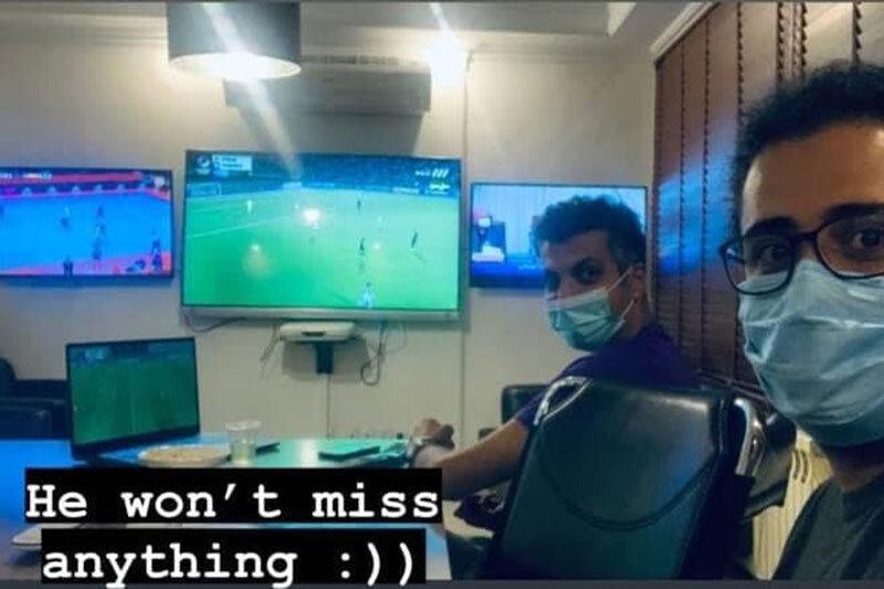 عکس | عادل فردوسیپور اینگونه عاشق و دیوانه فوتبال است