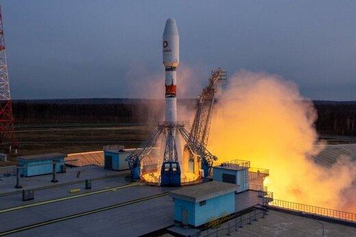 روسیه ۳۴ ماهواره انگلیسی را به فضا پرتاب کرد