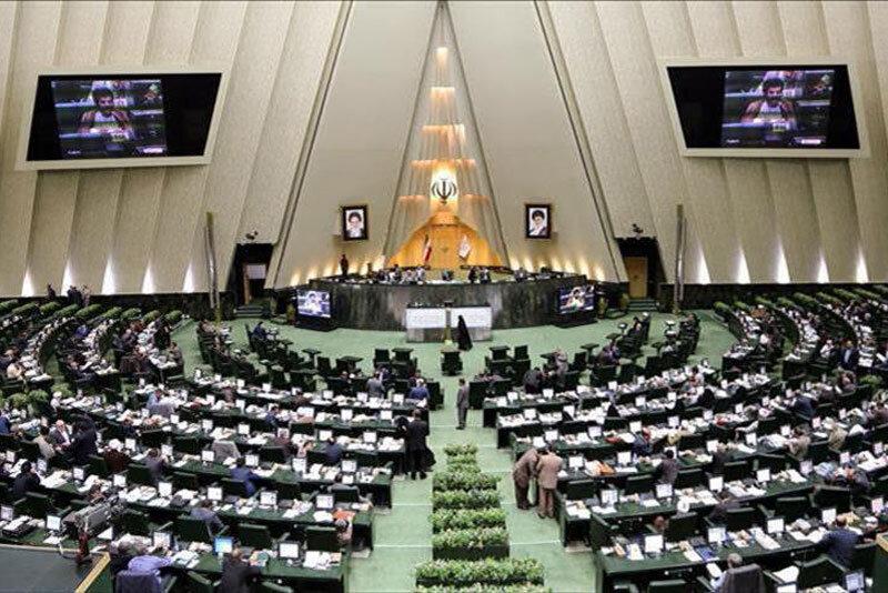دلخوش:مجلس با شعار شفافیت روی کار آمد اما آن را تصویب نمی کند