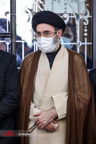 تصاویری از پسر رهبر انقلاب در یک مراسم ختم