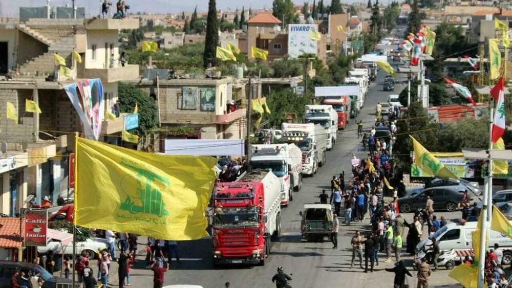 تانکرهای سوخت ایران در خیابانهای لبنان/عکس