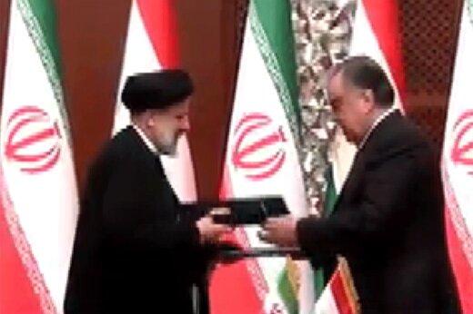 ببینید | لحظه امضا اسناد همکاری دو جانبه میان ایران و تاجیکستان