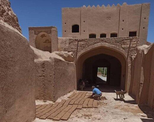 راه اندازی اولین مدرسه مرمت در یزد
