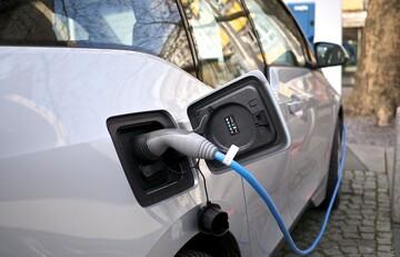 جهش قیمت ها در بازار خودروهای برقی/ جدول قیمت ها