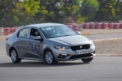 ببینید | حرکات نمایشی عجیب با جدیدترین محصول ایران خودرو در حضور مدیرعامل