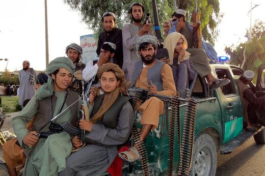 ببینید | سرگرمیهای عجیب و جنجالساز نیروهای طالبان!