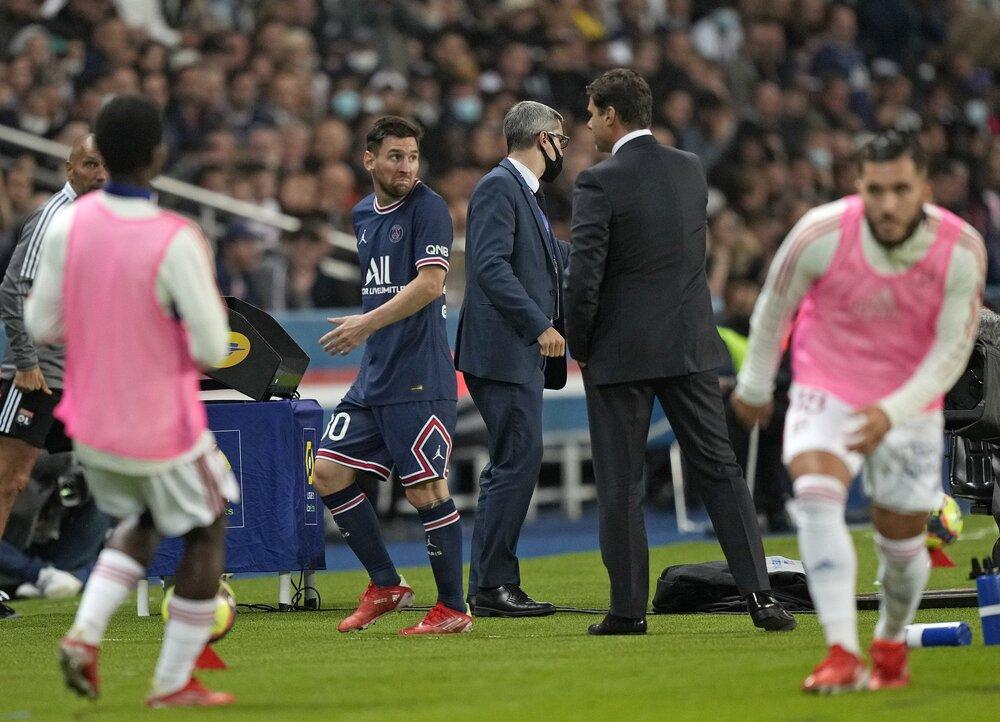 واکنش پوچتینو به رفتار عجیب مسی/عکس