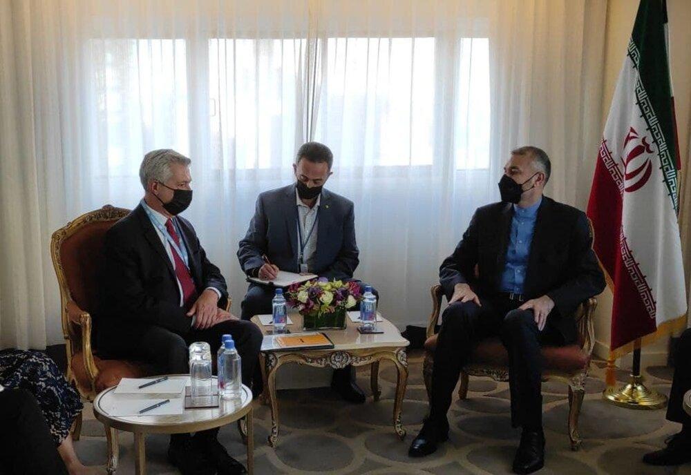 وزير الخارجية يلتقي المفوض السامي للأمم المتحدة لشؤون اللاجئين