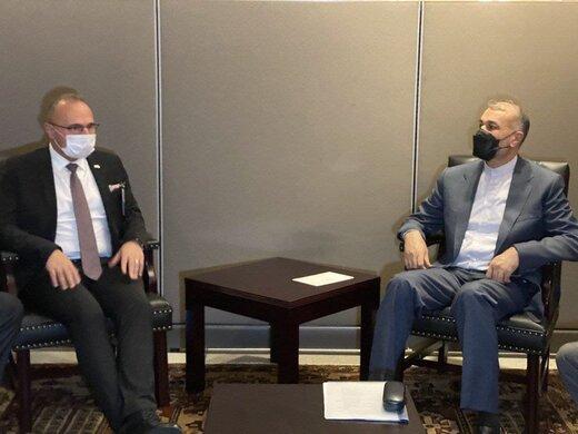 وزیرخارجه ایران در دیدار همتای کروات: آمادگی داریم کمیسیون اقتصادی را در تهران احیا کنیم