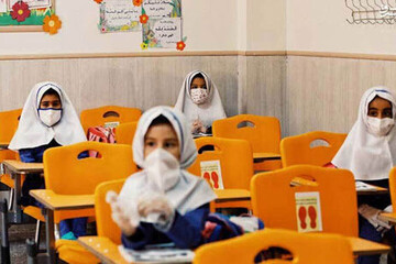 مادران هم میتوانند کارنامه دانشآموز خود را بگیرند؟