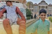 ببینید | اعطای حکم شهادت به خانواده علی لندی توسط رئیس بنیاد شهید