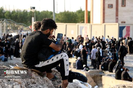 ببینید   حضور هزاران عاشق حسینی در مرز شلمچه