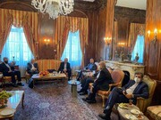 دیدار امیرعبداللهیان با رئیس و اعضاء دفتر حفاظت منافع ایران در واشنگتن