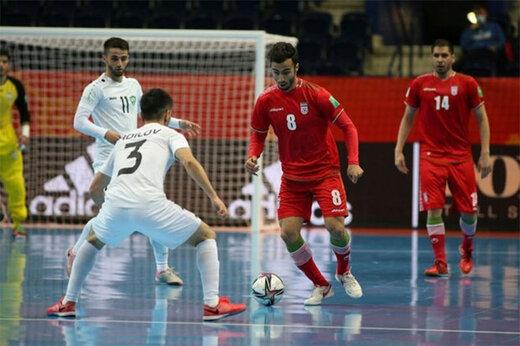 ببینید   این تصمیم جنجالی داور تیم ملی فوتسال ایران را مقابل قزاقستان به زمین زد