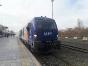 جابجایی زائران اربعین با یک رام قطار ۵۰۰ نفره از شلمچه تا خرمشهر/ زائران با قطار به اهواز می روند