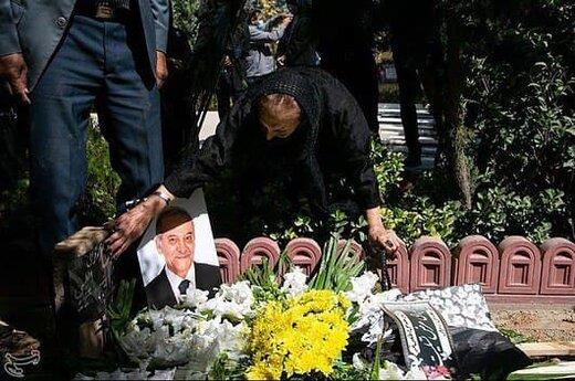 مراسم تشییع پیکر زنده یاد سیامک اطلسی