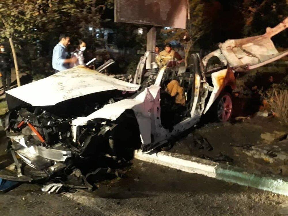 عکس | آتش گرفتن خودرو BMW در بزرگراه مدرس تهران و کشته شدن ۲ سرنشین آن