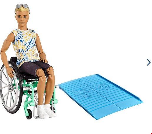 نقش عروسکهای معلول در پذیرش افراد دارای معلولیت/ تصاویر