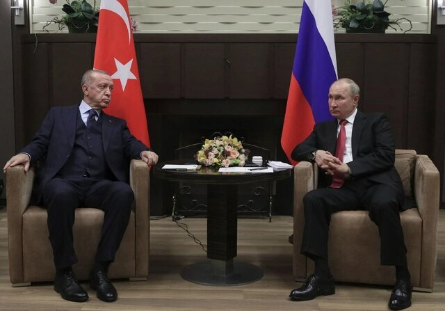 اردوغان: آمریکا پاتریوت میداد تا اس۴۰۰ نخریم/ پشیمان نیستیم و هیچ کس هم نمیتواند دخالت کند