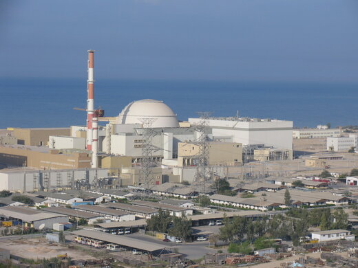 رییسی: ظرفیت تولید برق در نیروگاه اتمی بوشهر ۳ برابر میشود