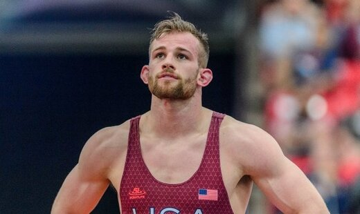 دیوید تیلور از قهرمانی المپیک، تا آبمیوه فروشی!