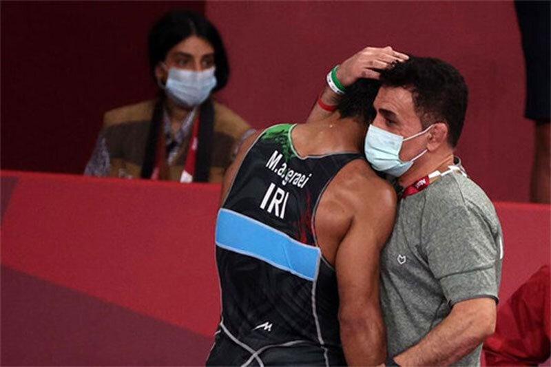 Iran's wrestler wins the third world bronze medal