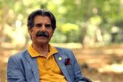 ببینید | ویدیویی زیرخاکی از حضور عزت الله مهرآوران در رادیو در دهه شصت