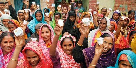 بانکهای ما به اندازه این بانک فقیران بنگلادش هم کارآیی ندارند؟
