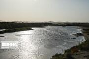 معترضان، خط انتقال آب زاینده رود به یزد را شکستند