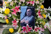 پیکر اصغر کفشچیانمقدم به خاک سپرده شد/ عکس