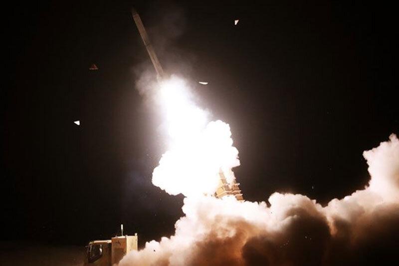 ببینید   شکار اهداف توسط سامانههای پدافند هوایی؛ تازیانهای بر پیکر دشمن