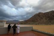 ببینید | تصاویری آخرالزمانی از گردباد شاهین در سواحل عمان