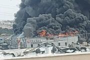 ببینید | آتشسوزی بزرگ در یک مجتمع تجاری در اراضی اشغالی