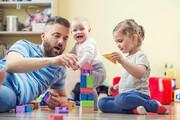 اینفوگرافیک | چند فایده همبازی شدن پدر و مادرها با کودکان