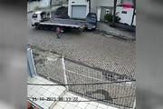 ببینید | امان از راننده بیدقت؛ خسارت عجیب و سنگین به خودروی مشتری!